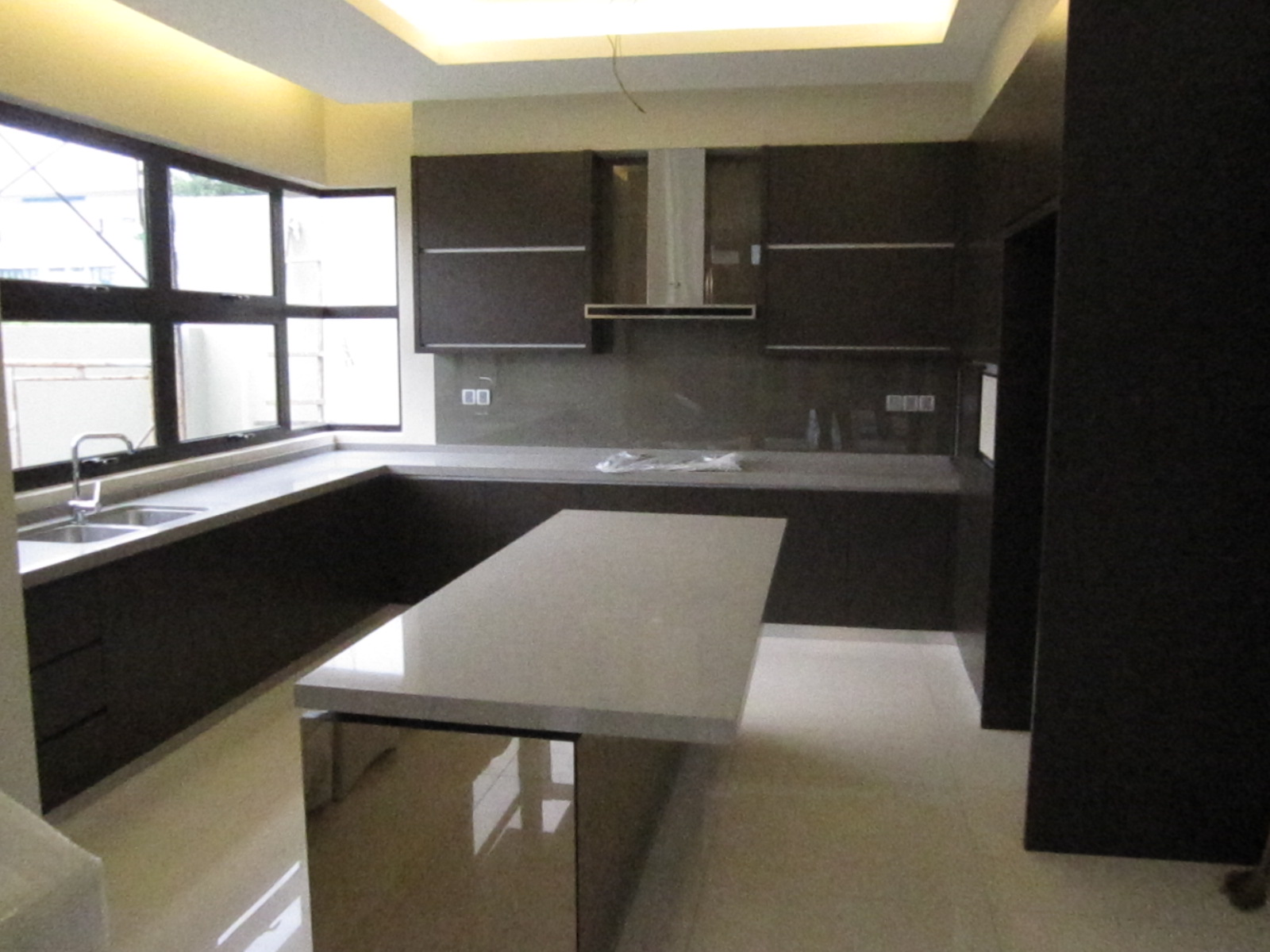 modern home living kitchen cabinets ForKitchen Decoration Malaysia